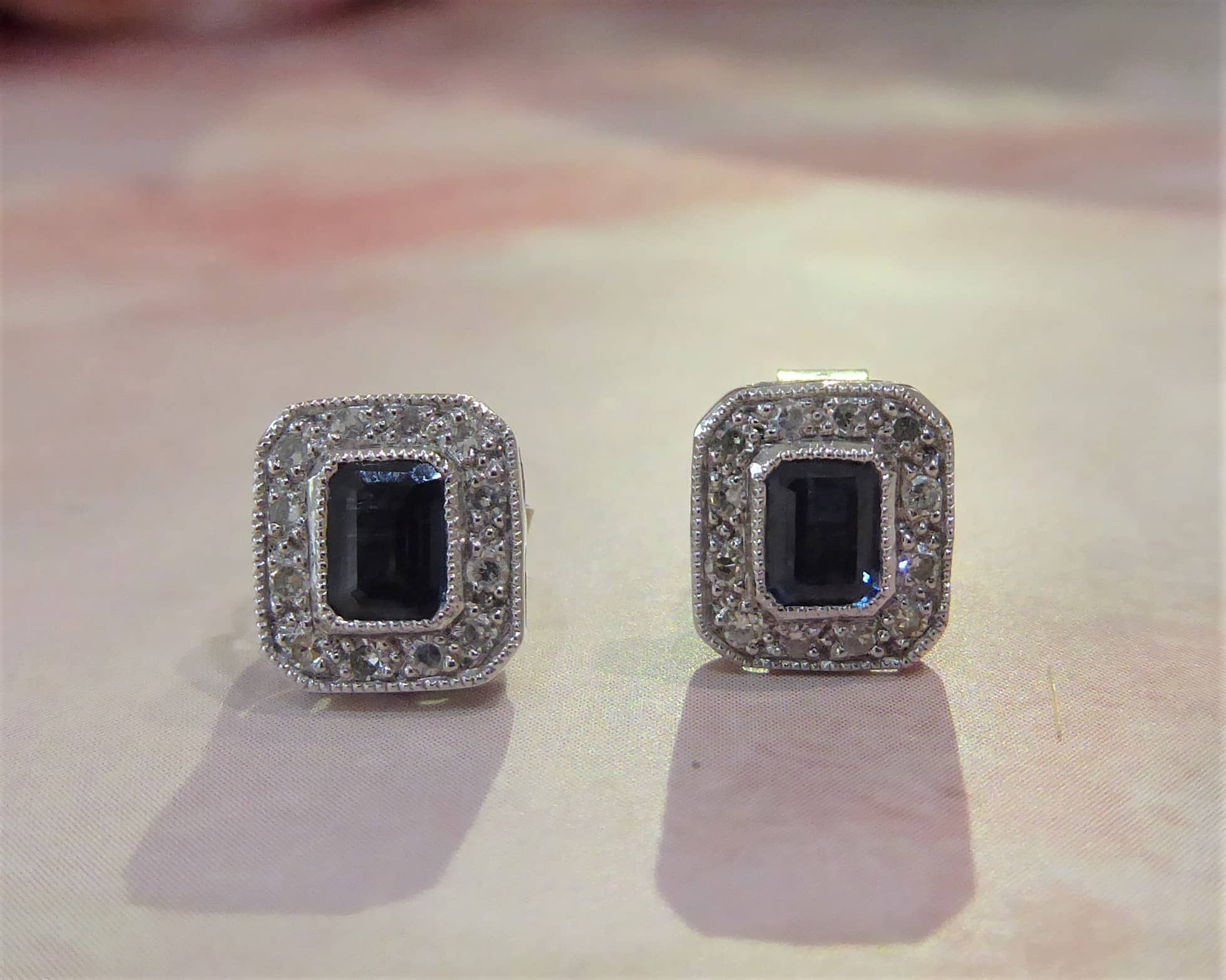 9ct White Gold Diamond And Sapphire Art Deco Style Stud Earrings Aladdin S Cave Jewellery